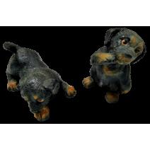Poliresin small black dog