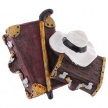 Magnet souvenir - retro suitcase and hat