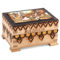 Small souvenir box with pyrography