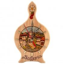 House souvenir clock - shape wine vessel