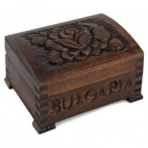 Wooden box middle size with carving - 10 cm