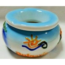 Ceramic embossed ashtray with a cover BG
