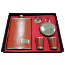 Set of pocket bottle with small metal cups